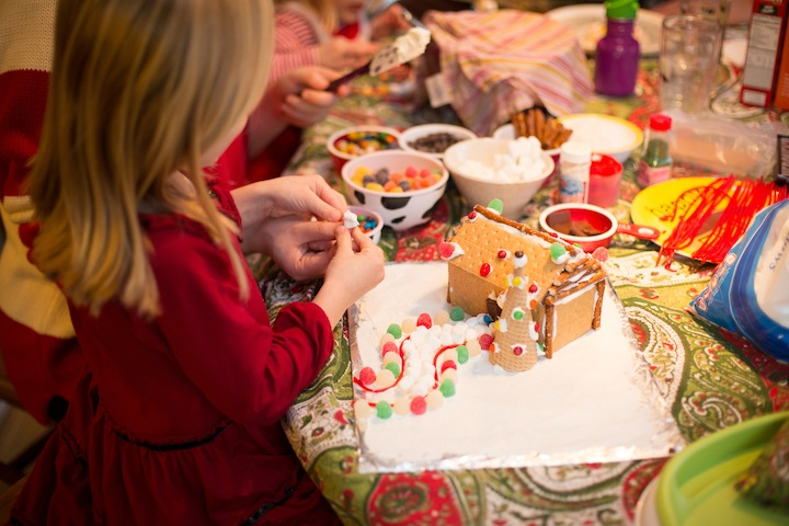 gingerbreadhouse2013_blogalacart-14